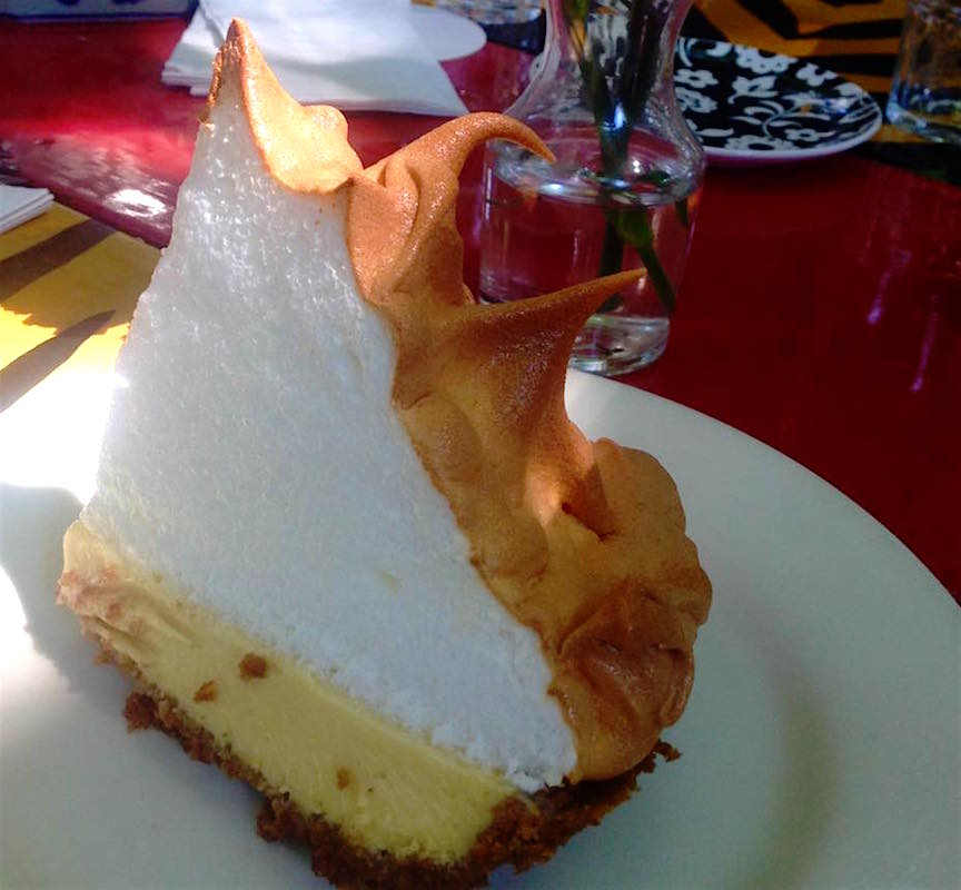 Key Lime Pie et meringue au restaurant Blue Heaven