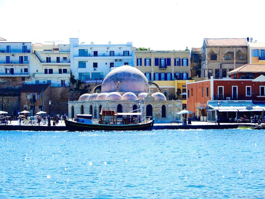 1. Les façades à l'architecture véniteinne du port de Chania DSCN9673